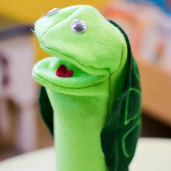 rhythm-turtle-puppet